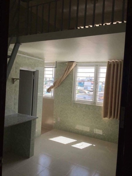 Cho thuê phòng trọ mới, sạch sẽ, giá từ 3tr đến 4tr/phòng, có gác rộng, gần cầu Nguyễn Văn Cừ, 20m2