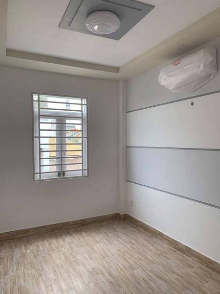 Phòng trống trong nhà nguyên căn cho thuê, Giờ giấc tự do, có máy lạnh,., 25m2
