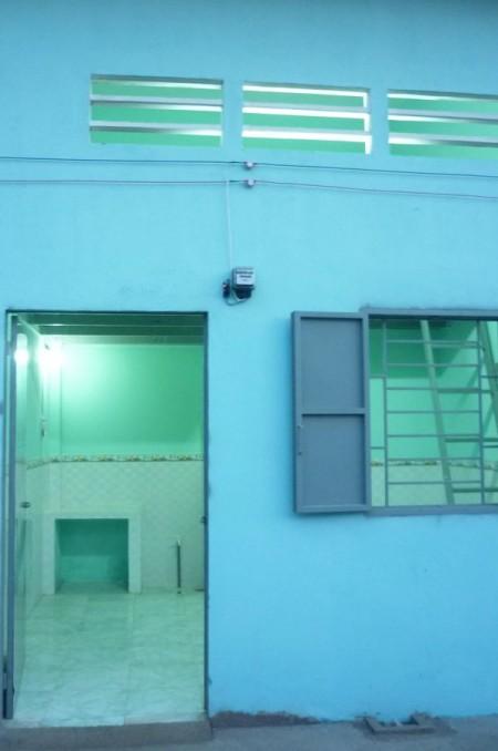 Phòng trọ tại Cầu Ông Dầu Bình Triệu Thủ Đức, Nhà thoáng mát, có hàng rào, có sân rộng, 22m2