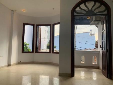 Phòng trọ mới, ban công cửa sổ thoáng mát, ánh sáng mặt trời, giá từ 2tr8, 28m2