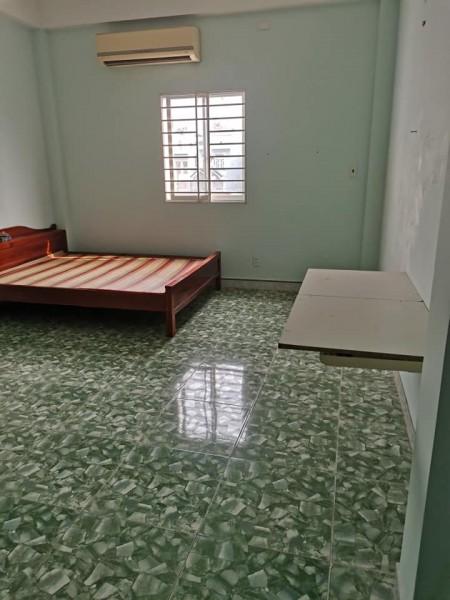 Phòng trọ cho thuê tại Phước Bình, Quận 9 giáp với Đỗ Xuân Hợp. Có nhà xe riêng, 20m2