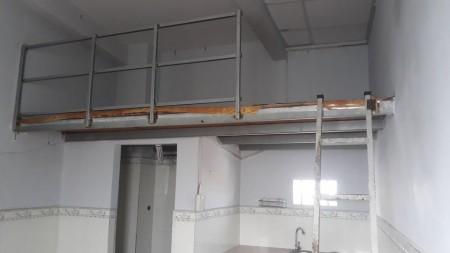 Phòng trọ giá chỉ từ 1tr8, free wifi, có toilet riêng, gác lững rộng rãi, 18m2