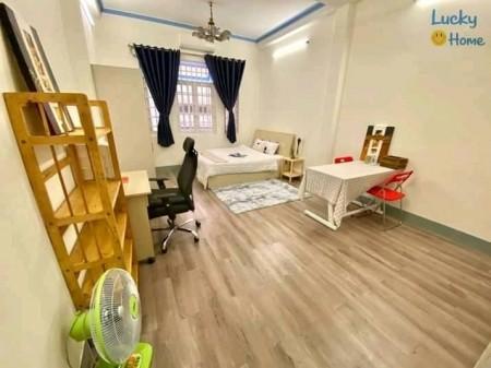 Cho thuê phòng trọ cao cấp tại trung tâm Quận 1, đầy đủ tiện nghi nội thất, 35m2