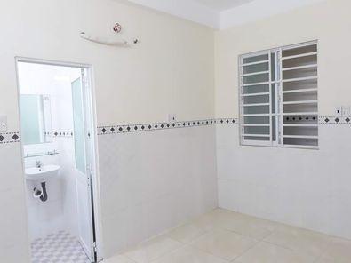 Phòng trọ có máy lạnh, nhà an ninh sạch sẽ, rộng rãi, 21m2