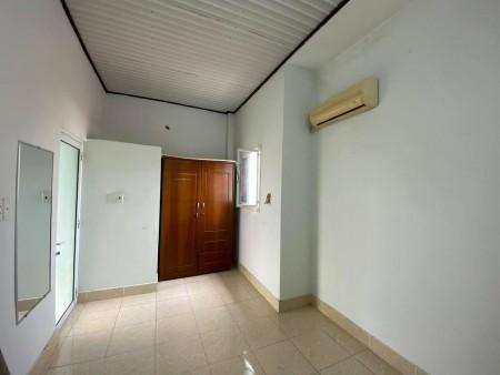 Nhà trọ phù hợp cho cả gia đình thuê, rộng rãi, có đầy đủ tiện ích, điện nước giá nhà nước, 60m2