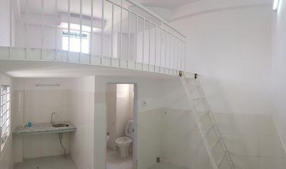 Phòng trọ cho thuê sạch sẽ, 2 cửa sổ, view đẹp, ban công gió vi ve, 25m2