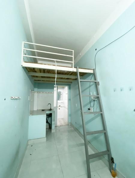 Phòng trọ tại Khánh Hội, P4, Q4 ngay chân cầu Kênh Tẻ, có bảo vệ 24/24, 29m2