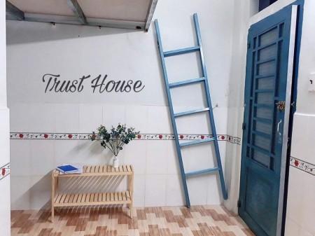 Chỉ còn 2 phòng giá cực rẻ tại Bình Tân gần chợ Lê Văn Quới, Phòng mới có thang máy, 26m2