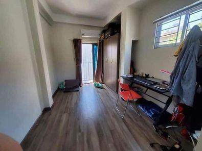 Phòng mới xây sạch sẽ rất an ninh, Rộng 22m2, Có ban công cửa sổ thoáng mát, 22m2