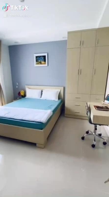 Phòng trọ full nội thất mới, tiện nghi, sang trọng cộng ban công rộng cho những bạn thích thơ mộng, 28m2