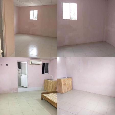 Cho thuê phòng trọ ngay trung tâm Q5 giao Q1, Q10, phòng máy lạnh, cửa sổ thông ngoài trờ, 28m2