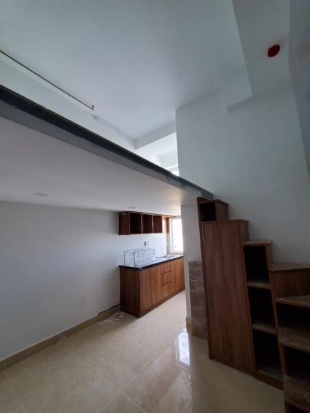 Cho thuê phòng trọ vừa mới xây tại quận 7, full nội thất, có rèm che cửa sổ, có cây phơi đồ sẵn, 25m2