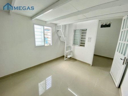 Cho thuê phòng trọ tại Gò Vấp, diện tích rộng rãi, có cửa sổ thoáng mát, hành lang khách sạn, 28m2
