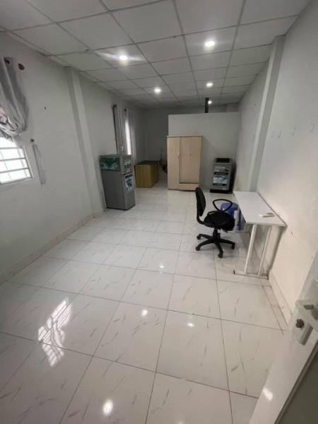 Cho thuê phòng trọ tại quận 3, phòng rộng rãi thoáng mát, gần chợ, full nội thất, giờ giấc tự do, 40m2