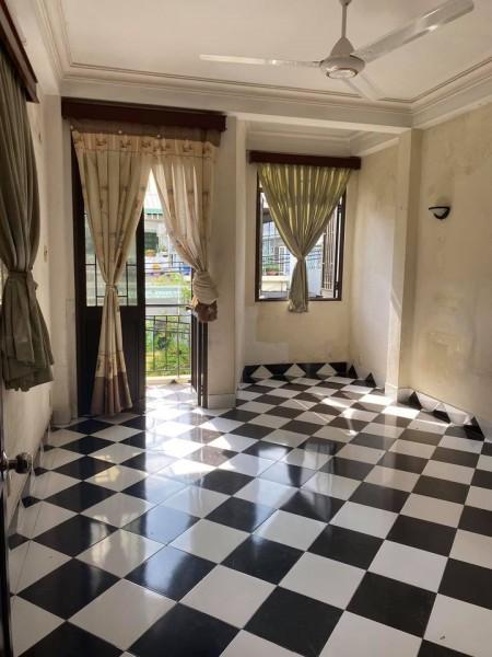 Cho thuê phòng trọ tại Phú Nhuận, phòng sạch sẽ thoáng mát, 2 cửa xổ, có chỗ để xe, 25m2