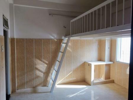 Cho thuê phòng trọ tại Bình Thạnh, có gác, kệ bếp, tolet riêng từng phòng, rộng rãi, thoáng mát, 25m2