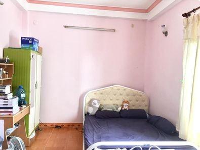 Phòng trọ cho thuê tại Tân Bình, có cửa sổ, máy lạnh, giường, tủ, lối đi riêng, WC riêng, 17m2