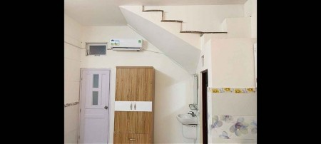 Cho thuê phòng trọ tạ Phú Nhuận, phòng full nội thất, không chung chủ, 30m2