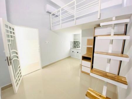 Phòng trọ cho thuê tại Bình Thạnh, phòng mới xây, có gác rộng, cửa sổ thông thoáng, 25m2