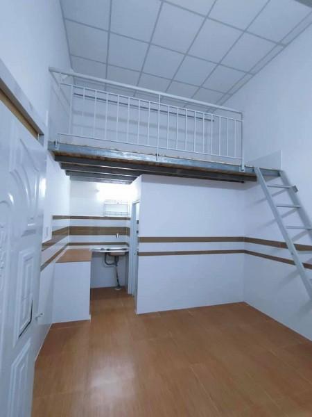 Phòng trọ cho thuê quận 9, tiện ích,phòng mới sạch sẽ thoáng mát, gác cao, của xổ rất thoáng, 25m2