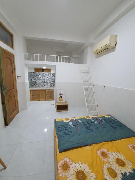 Phòng có gác cho thuê Quận 7 ngay coop mark Huỳnh Tấn Phát, 25m2