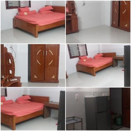 Cho thuê phòng trọ tại Tân Phú, phòng sạch sẽ, thoáng mát có cửa sổ, nội thất cơ bản có máy lạnh, 25m2