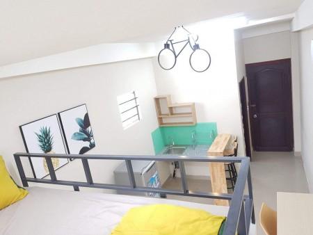 Cho thuê phòng trọ tại Tân Bình, phòng full nội thất, nhà có thang máy, giờ giấc tự do, 25m2