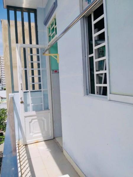 Cho thuê phòng trọ quận Tân Phú, phòng đều có cửa sổ, ban công thoáng mát, giờ giấc tự do, 25m2
