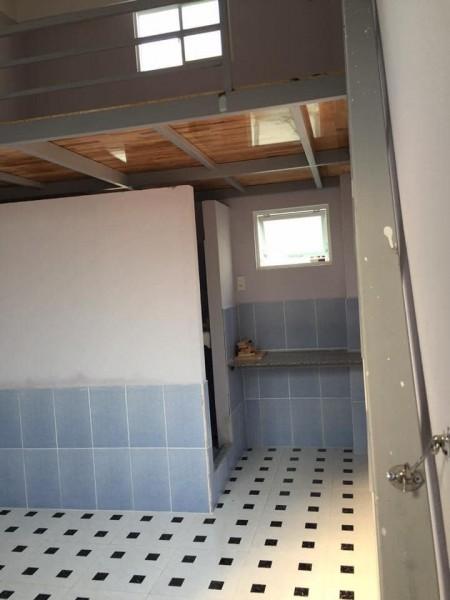 Còn phòng trống ở được 1 bạn, có gác lững, Miễn phí nước và wifi, 16m2