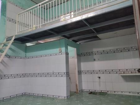 Phòng trọ mới tại trung tâm Ngũ Hành Sơn, Phòng rộng có gác ở được nhóm 2 đến 3 người, 40m2