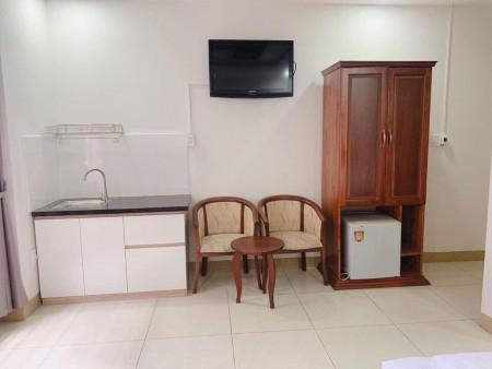 Cho thuê căn hộ đường Nguyễn Chí Thanh, trung tâm thành phố, Đã full nội thất kéo vali đến ở ngay., 20m2